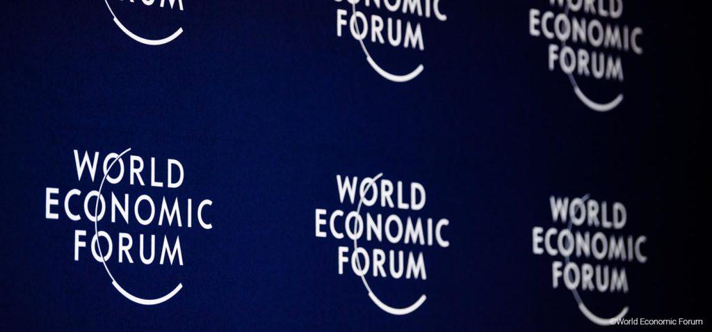 Davos o wpływie technologii na społeczeństwa i gospodarki